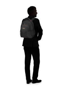 Mochila para llevar un portátil de 14,1 AT Work Negra